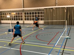3H winst Badmintonteam Halle badminton Tervuren Nias Devalckeneer